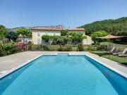Location gîte, chambres d'hotes Gite de charme avec piscine et SPA privé dans le Luberon dans le département Vaucluse 84
