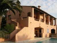 Location gîte, chambres d'hotes Location villa de luxe antibes Côte d'Azur dans le département Alpes maritimes 6