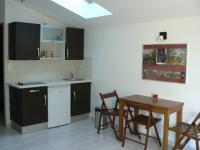 Location gîte, chambres d'hotes studio 4 personnes à aix en Provence dans le département Bouches du rhône 13