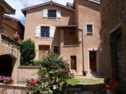 Location gîte, chambres d'hotes LE CLOS DU JUBIN entre Beaujolais et Monts du Lyonnais dans le département Gard 30