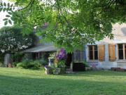Location gîte, chambres d'hotes Chambres d'hôtes pleine nature La Montagne aux Alouettes, en Bourgogne, Puisaye Forterre dans le département Yonne 89