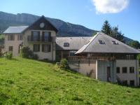 Location gîte, chambres d'hotes CHALET LES TROLLES en savoie dans le parc naturel de la chartreuse a 25 mn de chambery,1 heure de grenoble,1h 30 de lyon dans le département Savoie 73