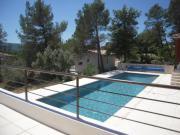 Location gîte, chambres d'hotes Studio avec acces piscine propriete proche cote varoise dans le département Var 83