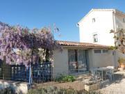 Location gîte, chambres d'hotes Location gîte entre Barjac et Saint-Ambroix au pieds des Cévennes dans le département Gard 30